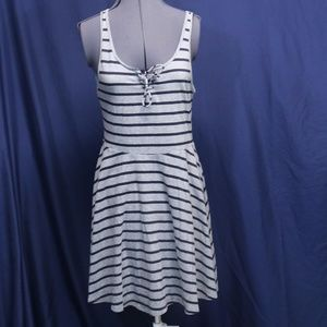 Prince & Fox Grey & Black Striped Dress size Large